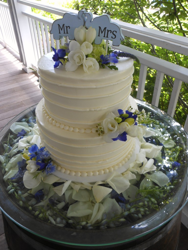 wedding cakes north fork long island kristin and aaron jon designs 25124
